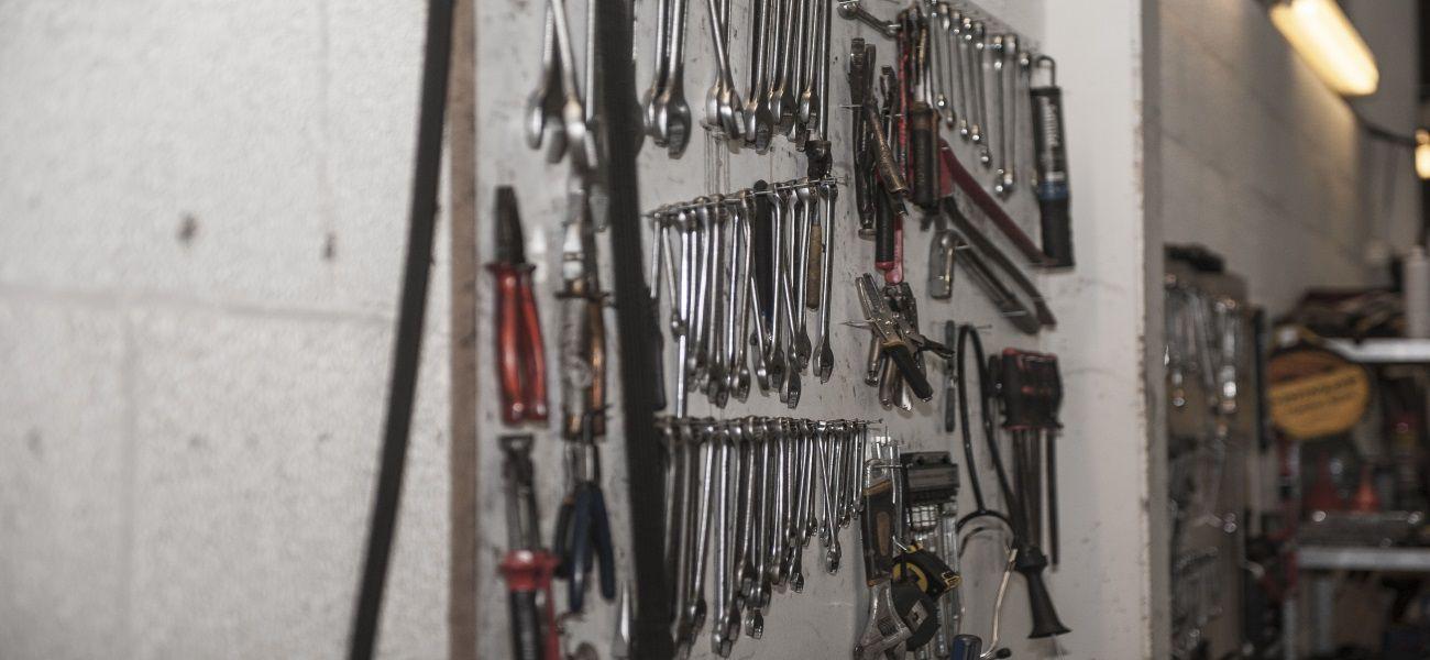 Kompleksowe usługi naprawcze Twojego auta w Holandii